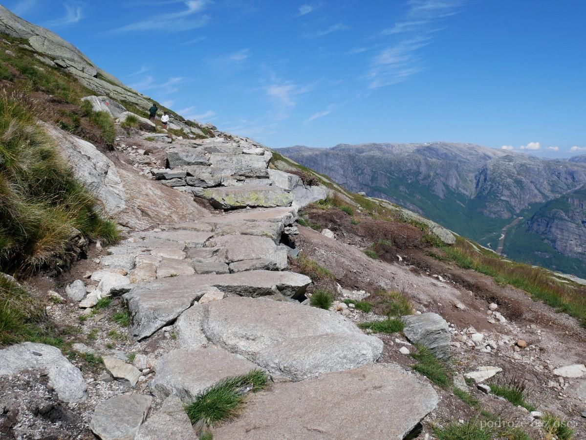 kjerag gora ruta de montaña sendero viaje trekking noruega noruega caminata